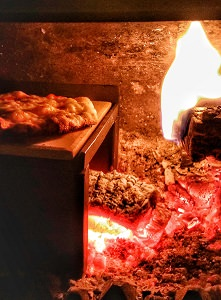 Can i cook a pizza using my wood burning stove 3