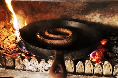 The best wood to use when cooking on a wood burning stove 1